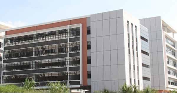 广西科技大学鹿山学院学费多少
