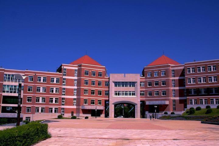 东北师范大学人文学院怎么样