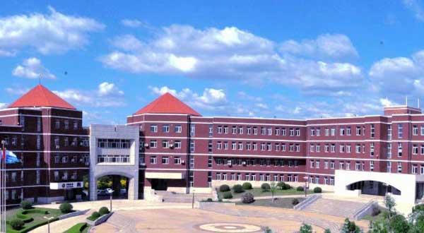 东北师范大学人文学院学费多少